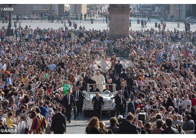 Papa: os verdadeiros cristãos trazem o céu no coração