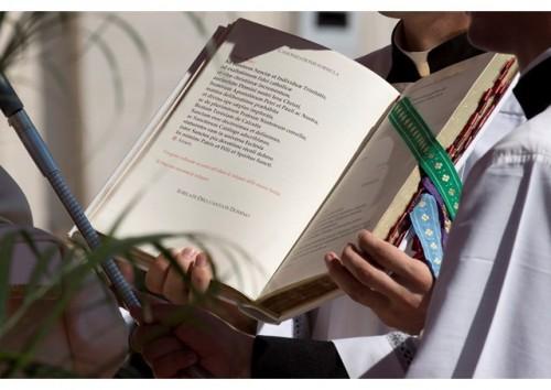 """Motu Proprio do Papa contempla """"oferta da vida"""" como causa de santificação"""
