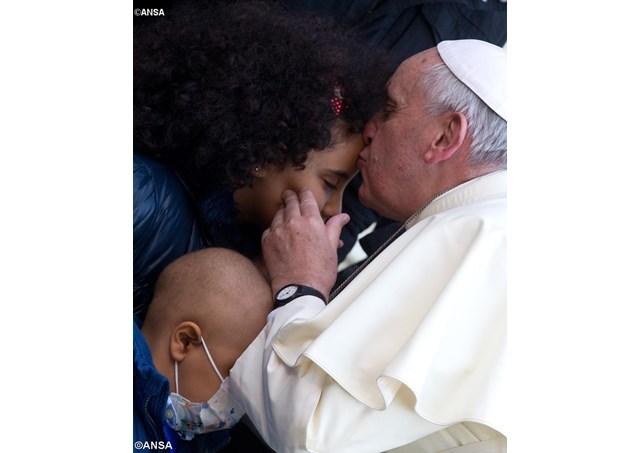教宗致電慰問熱那亞兒科醫院病童:我將帶給你們耶穌的撫慰