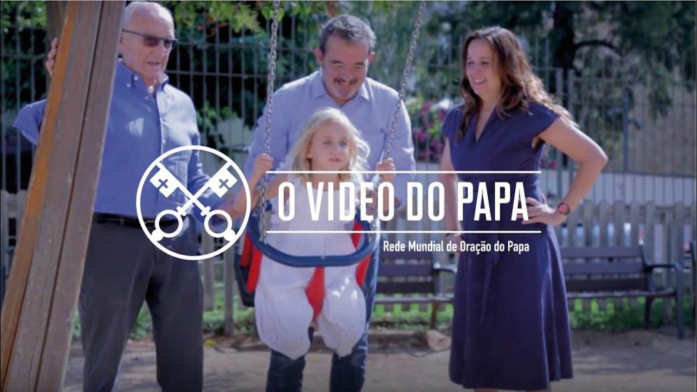 As famílias, um tesouro – O Vídeo do Papa – Agosto 2018