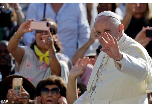 Francisco convida aos jovens à um encontro pré-sinodal