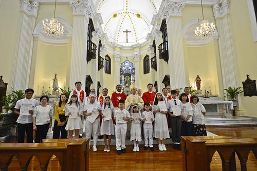聖老楞佐堂區慶祝主保瞻禮 舉行新舊主任司鐸交接儀式