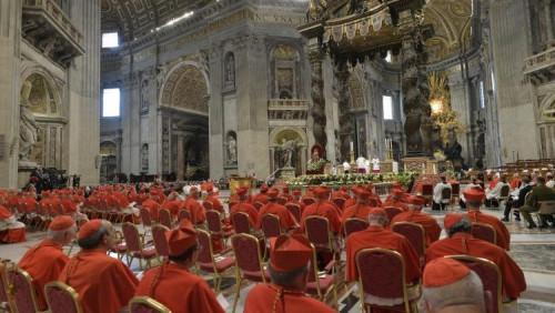 教宗宣布召開樞密會議,擢升13位新樞機