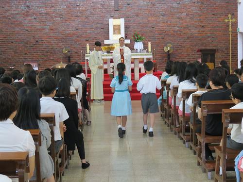 聖德蘭學校慶祝建校62週年